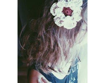 Crochet flower clip