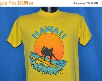 XMAS in JULY SALE 70s Hawaii Poly Tees Surfing Sunset t-shirt Small