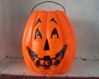 Large VINTAGE Trick or Treat Bucket.  Halloween Jack O Lantern Treat Bucket.  Big Pumpkin Pail.