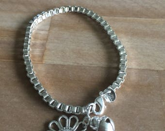 Boxed style 7inch Bracelet (w/ flower & bell pieces)