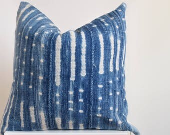 Authentic Vintage African Mud Cloth Pillow Cover Indigo with Faded White Detail