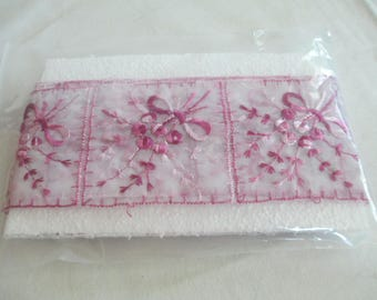 Purple lavender silk embroidery lace sash 3 yards finished ends