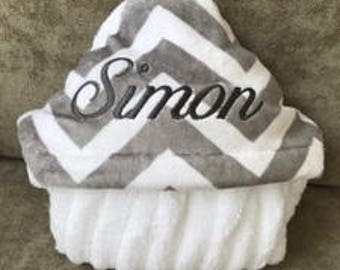 Personalize Hooded Towel - Gray Chevron
