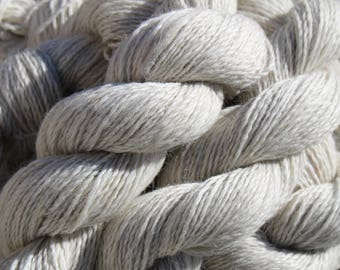 70/30 Suri/Polwarth Blend - Natural White