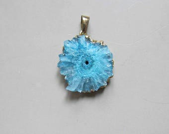 Geode Slice Pendant with Electroplating Gold Edge - B875