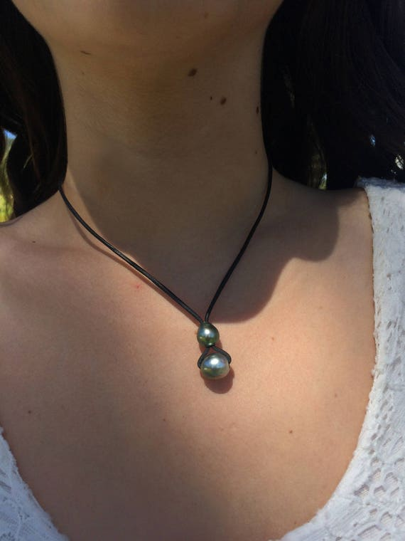Tahitian pearls on australian leather, woman necklace
