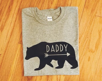 Daddy Bear Shirt, Dad Graphic T-shirt, Men's Grizzly Bear Top, New Dad Tee, Christmas Gift, Dad to Be Present, Dad Pregnancy Announcement