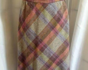 SHOP CLOSING 70% OFF Vintage skirt 70s wool plaid skirt diagonal plaid skirt