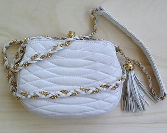 White crossbody bag with tassel Women shoulder bag Small leather purse gold chain Giorgio Beverly Hills Vintage Girlfriend cross body gift