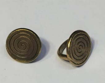 SALE: 2 Antique Brass Spiral Sliders , Licorice Leather finding, leather Bracelet, jewelry making supplies, metal bead,