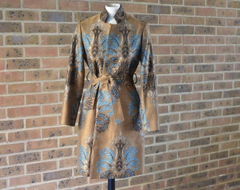 Print Autumn coat with woven Jacquard fabric, size S
