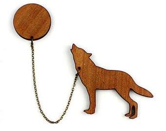 "Kit brooch ""Wolf and Moon"" natural wood"