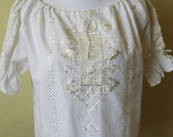 4-Traditional Vintage Hungarian White Floral Flower Hand Embroidered Folk Peasant Blouse Size M / L