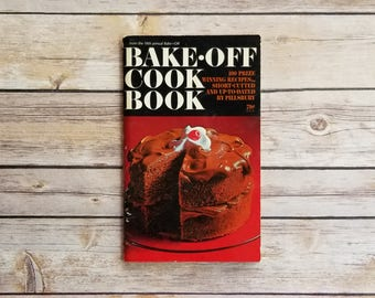 Bake Off Cook Book Bread Recipes Tasty Treats Grandma's Cookbook Cookie Recipes Retro Cake Book Pillsbury Book Home Warming Gift Baking Book