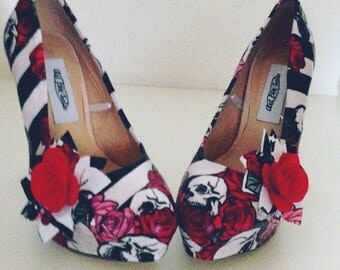Ladies high heels, rockabilly shoes, skull shoes, goth shoes, skulls and roses, platform shoes, occasion shoes, prom shoes, size uk 3-8