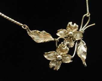 Flower and Leaf Necklace Vintage