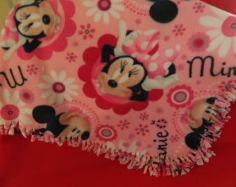 minnie mouse fleece cut and tied blanket/pillows