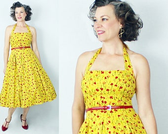 "1950s Dress / 50s Dress / Halter Dress / Sun Dress Sundress / Yellow Floral Dress / New Look Dress / Backless Dress / Size 6 / Bust 35"" W29"""