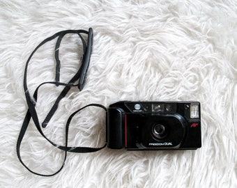 Vintage 1980s MINOLTA FREEDOM Dual 35MM Film Camera
