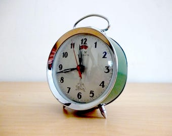 Green mechanical alarm clock Five Rams - 80's