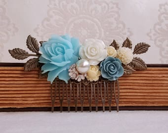 Baby blue rose Country garden hair accessory Bridal hair comb pearl assemblage