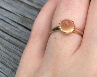 Yellow gold Moonstone ring