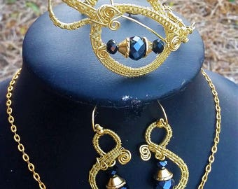 Goldcolor Wire Wrapped Pendant, Earrings and Bracelet Set with Black Swarowski Beads