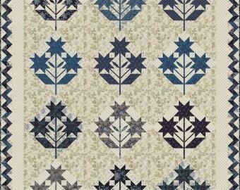 Blue Bell Applique Quilt Pattern - Edyta Sitar - Laundry Basket Quilts - LBQ 0439-P