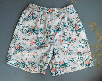 Vintage High Waisted Mom Shorts, Floral Pleated High Waisted Shorts, Wide Leg Shorts, Bermuda Shorts, Women's Plus Size 16 Shorts, Izod Club