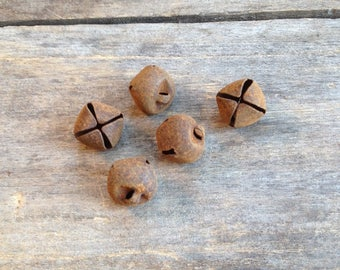 Rusty Tin Jingle Bells. 18mm. Package of 5 Bells. Tin Bells. Jingle Bells. Metal Bells. Rusty Metal Bells. Rusty Bells. Rusty Embellishments