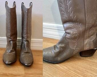Acme Gray Ostrich Cowboy Boots Size Ladies Size 8 Men's 6.5 Stitched 1970s