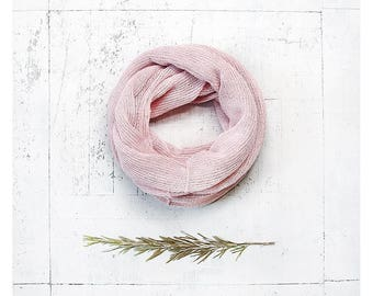 Linen infinity scarf. Natural scarf. Infinity scarf. Linen scarf. Linen scarves. Loop scarf. Summer scarf. Gift for her. Pink scarf. Scarves