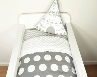 Bassinet quilt or set - Charcoal with jumbo white dots and white minky backing