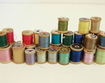 Lot of Vintage Thread on Wooden Spools, Wood Spools, Variety of Colors, Coats & Clark's, Lily, 34 Spools, Collection, Belding Corticelli