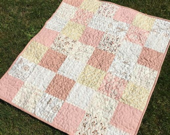 READY TO SHIP Modern baby quilt, handmade quilt  ,blanket  quilt  . For kids quilt .45 x 38 inch