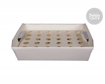 Confetti Cone Tray - Ivory + 30 Ivory Laser cutted confetti cones - heart or flower designed