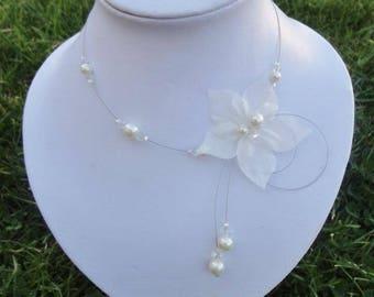 Bridal necklace Pearl & silk wedding party flower