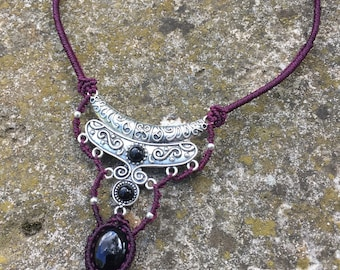 Plum macrame necklace with metal stamping and a little onyx cabochon
