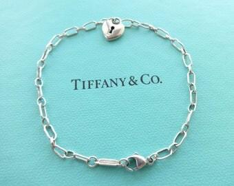 "Authentic Tiffany & Co. Vintage Sterling Silver Small Keyhole Heart Pendant Bracelet, 7.25"""