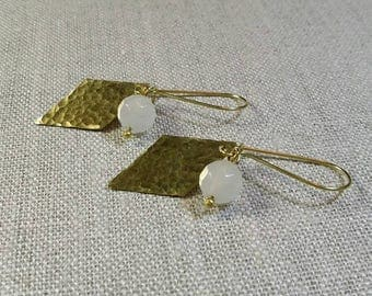 White Quartzite Hammered Brass Earrings / Diamond Charm Earrings / Gemstone Earrings / Boho Chic / Minimalist / Geometric - EHDC01QT