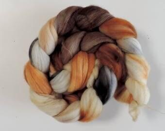 Merino Nylon,An der alten Mühle, superwash sock blend, handbemalte Fasern zum Spinnen,100g Kammzug
