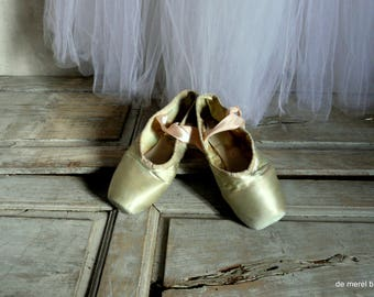 vintage shabby chic duck egg color ballet pointe shoes