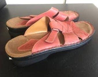 Clark's Pink Leather Slide Sandals 10 Medium