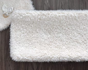 Faux fur Changing pad cover fitted. Llama cuddle cloud fur soft ivory cream changing pad. Gender neutral (#0054)