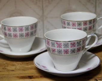Gorgeous Vintage 1960's EAMES ERA MCM Teacup and saucer set of 3