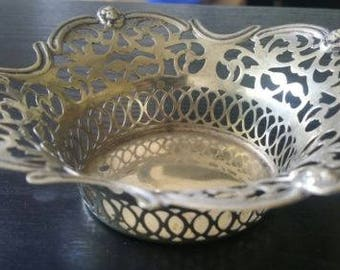 Lovely Antique 19c Silver Plated Bon Bon Dish with Pierced Decoration