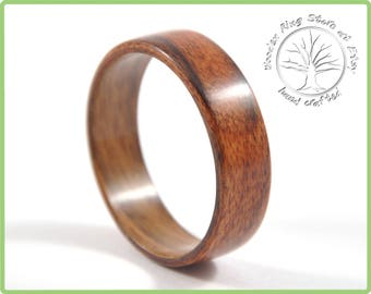 Wood ring made of Rosewood, Mens Wedding Band, Womens Wedding Band. Womens Wood Ring, Mens Wood Ring. Hand crafted.