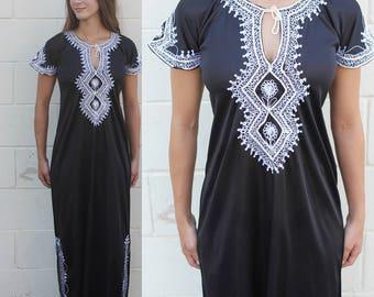 Vintage 70s Caftan Dress, Maxi Dress, Black Caftan, Embroidered Caftan