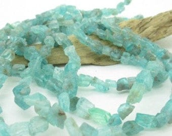 "Blue Apatite Rough Nugget Beads, Light Blue Apatite, Ice Nugget Bead, Apatite Nugget, 5x5mm - 12x8mm (8"", 30 beads)"