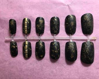 Black Acrylic Nails Gold Fake Nails Marbled False Nails Studded Glue On Nails Splatter Press On Nails